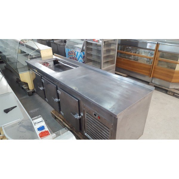 3-door refrigerated worktable Refrigerated bench / table